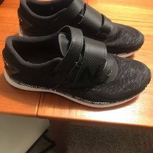 New Balance black spin and cycling shoes size 8.5